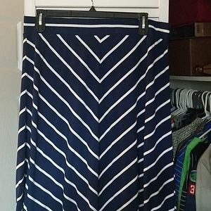 Womens maxi skirt 1x